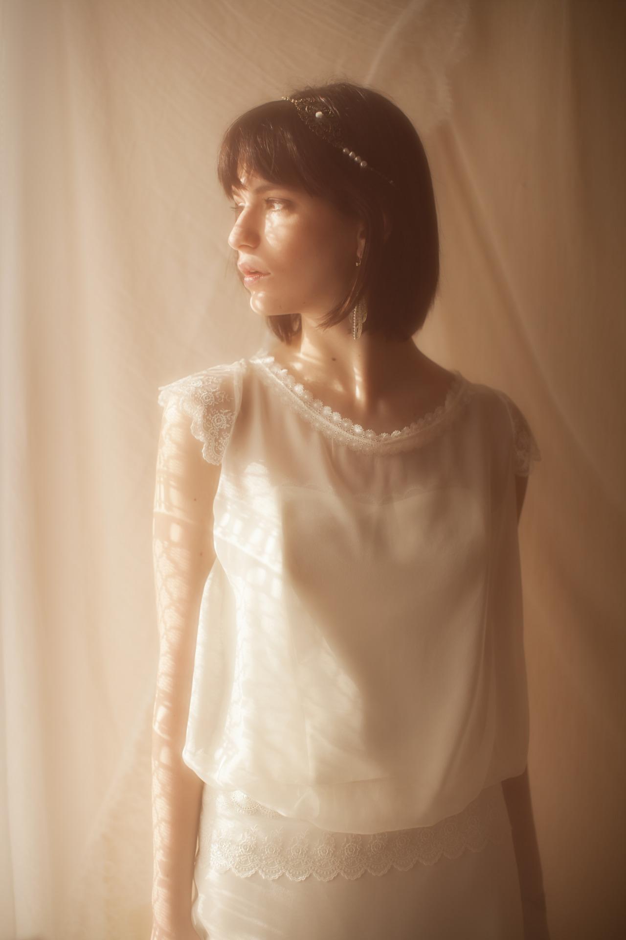 Robes-de-mariée-Elsa-Gary-2016-Collection-les-jolies-filles-Le-modèle-Sirène-02-NotreMariageNet