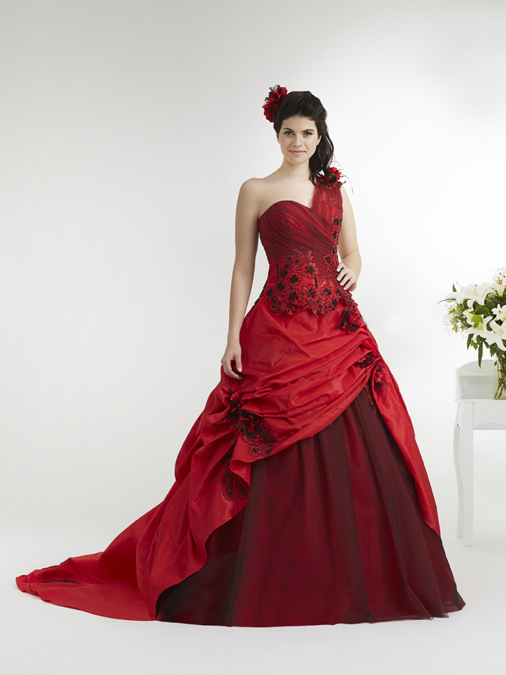 robe-annie-couture-australia_rouge-noir
